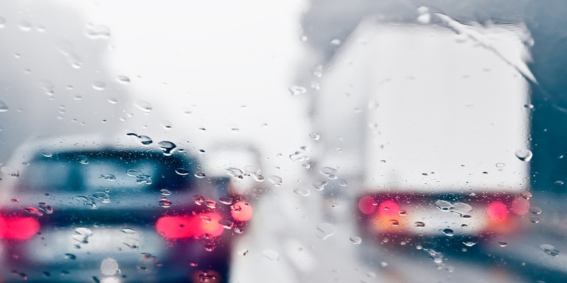 Tips for Moving in the Rain