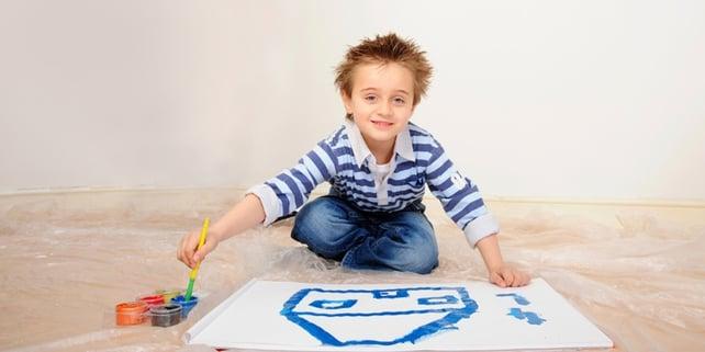 kid decorating house